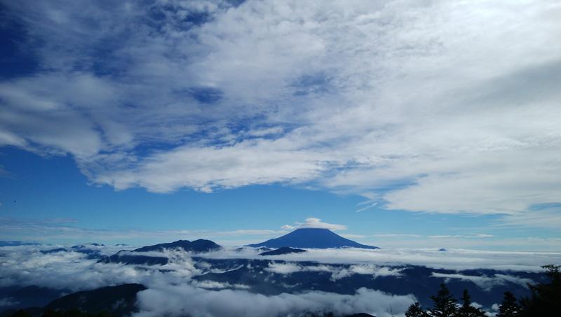 【日記☆】帰りは快晴☆きれいな富士山が見えて、痛みも疲れも消えました☆七面山・二度目の参篭記~2~